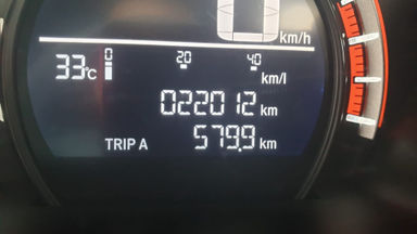 2017 Honda Civic Turbo 1.5 Hatchback S - Harga Bisa Digoyang (s-3)