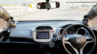 2013 Honda Jazz RS 1,5 - Mobil Pilihan (s-8)
