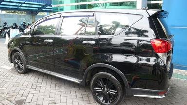 2017 Toyota Kijang Innova Venturer Q - bisa tunai / tukar tambah / kredit (s-3)