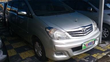 2010 Toyota Kijang Innova V 2.0 Manual - Barang Istimewa