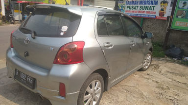 2012 Toyota Yaris e - Good Condition (s-4)
