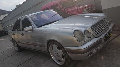 1997 Mercedes Benz E-Class E230 - Istimewa Good Condition
