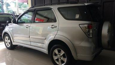 2013 Toyota Rush S - Bekas Berkualitas Harga Kredit super antik dan terawat (s-3)