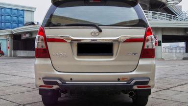 2014 Toyota Kijang Innova Grand New V - Mobil Pilihan (s-7)