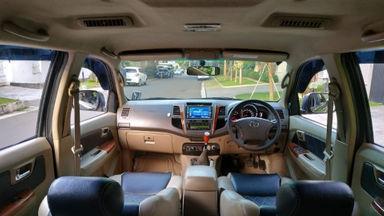 2009 Toyota Fortuner G - Barang Mulus Siap Pakai (s-4)