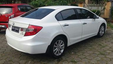 2013 Honda Civic 1.8 - Kondisi Mulus (s-6)