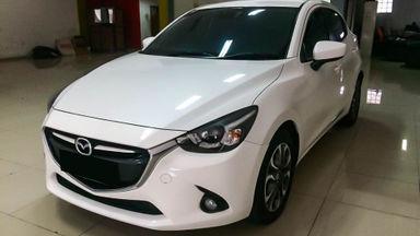 2014 Mazda 2 GT - Mobil Pilihan