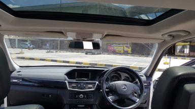 2013 Mercedes Benz E-Class E 300 AVG - Full spec panoramic termurah (s-5)