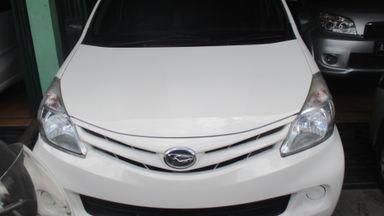 2012 Daihatsu Xenia X - Istimewa Seperti Baru (s-0)