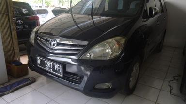2009 Toyota Kijang Innova V 2.0 - Istimewa Siap Pakai
