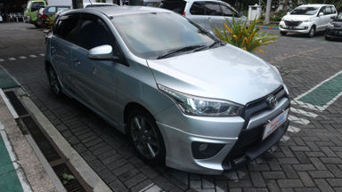 2016 Toyota Yaris s trd - warna silver modern