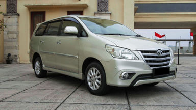 2014 Toyota Kijang Innova Grand New V - Mobil Pilihan (s-2)