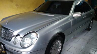 2006 Mercedes Benz E-Class E280 - Siap Pakai Dan Mulus