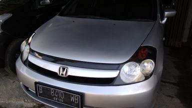 2005 Honda Stream . - Siap Pakai