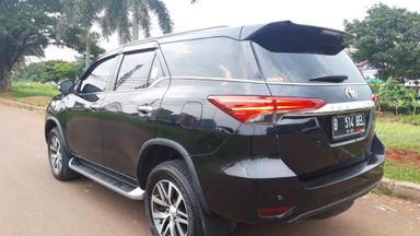 2016 Toyota Fortuner VRZ 4x2 - Istimewa siap pakai (s-3)