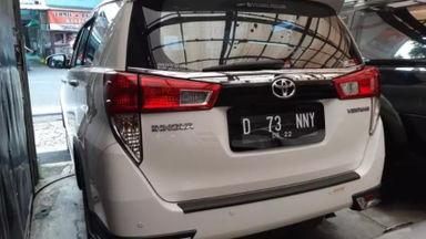 2017 Toyota Kijang Innova Venturer AT - Istimewa Siap Pakai (s-4)