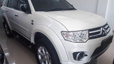 2014 Mitsubishi Pajero Sport Dakar - Mobil Pilihan (s-1)
