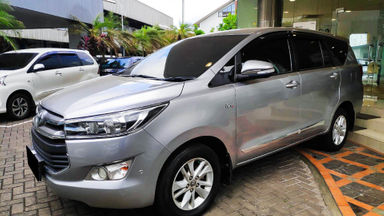 2016 Toyota Kijang Innova Reborn V - Mobil Pilihan