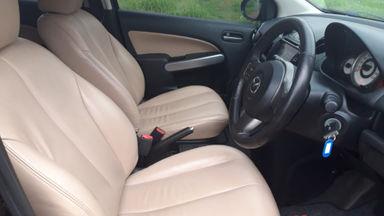 2010 Mazda 2 R - Kondisi Mulus Terawat (s-5)