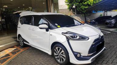 2017 Toyota Sienta Q - Mobil Pilihan (s-2)
