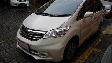 2013 Honda Freed PSD 1.5 AT AC DOUBLE - Barang Istimewa Dan Harga Menarik (s-0)