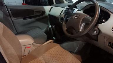 2011 Toyota Kijang Innova Venturer G - bekas berkualitas (s-3)