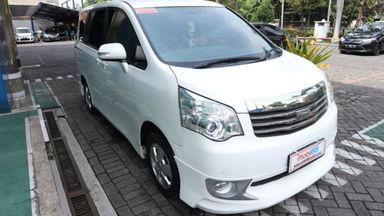 2013 Toyota Nav1 V lux - Terawat (s-4)