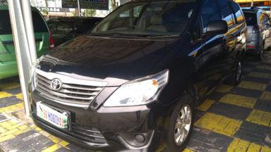 2013 Toyota Kijang Innova J 2.0 MT - Kondisi Istimewa KM Antik