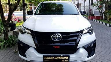 2017 Toyota Fortuner VRZ TRD - Siap pakai