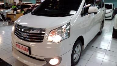 2013 Toyota Nav1 V Luxury - Warna Favorit & Rapi