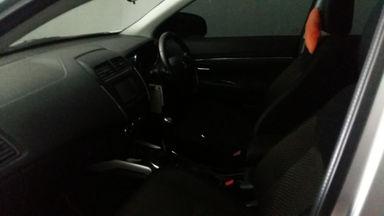 2015 Mitsubishi Outlander 2.0 - Mulus Siap Pakai (s-4)