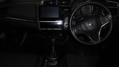 2018 Honda Civic VTEC turboo - Tampilannya keren, KMnya sedikit, layak dipilih untuk pakai harian. (s-6)