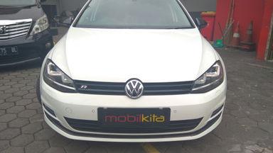 2013 Volkswagen Golf 1.4 TSi AT - Barang Istimewa Dan Harga Menarik