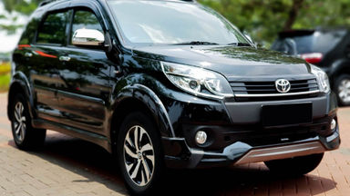 2016 Toyota Rush TRD Sportivo - Mobil Pilihan (s-1)
