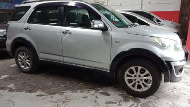 2014 Daihatsu Terios TX - Kondisi Mulus Tinggal Pakai.