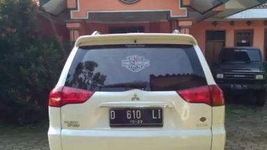 2012 Mitsubishi Pajero Sport Exceed - Istimewa Siap Pakai (s-1)