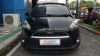 2016 Toyota Sienta V - Baru Di Servis Mulus Pemakaian Pribadi (s-5)