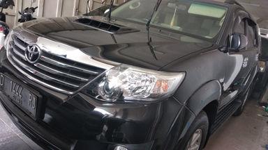 2012 Toyota Fortuner VNT - DP Minim bisa bawa pulang mobil