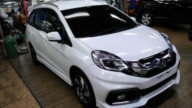 2015 Honda Mobilio rs - Putih mulus langsung gas (s-6)