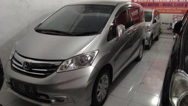 2014 Honda Freed 1.5 PSD - Barang Mulus