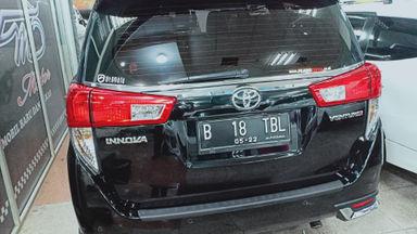 2017 Toyota Kijang Innova Venturer - Harga Istimewa (s-8)