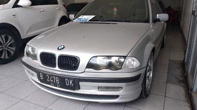 2001 BMW 3 Series 319 AT - Kondisi Mulus Istimewa