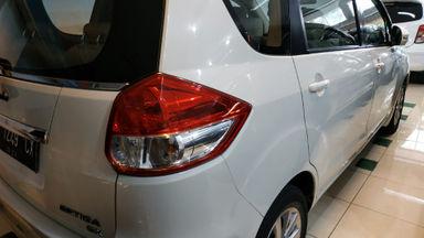 2013 Daihatsu Sigra GX AT - Barang Istimewa Dan Harga Menarik (s-6)