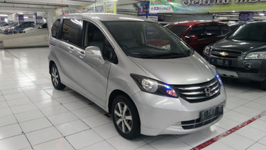 2011 Honda Freed E PSD - bekas berkualitas