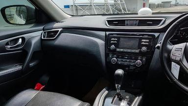 2014 Nissan X-Trail 2.5 AT - Mobil Pilihan (s-4)