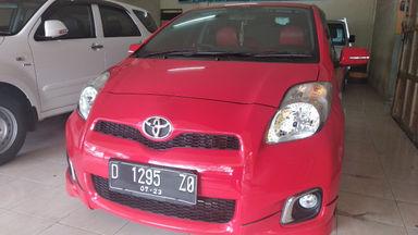 2013 Toyota Yaris E - mulus terawat, kondisi OK, Tangguh