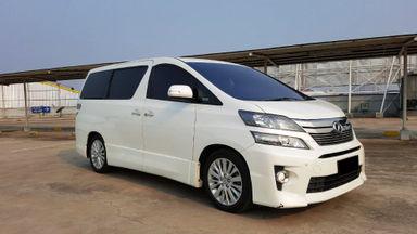 2013 Toyota Vellfire ZG - Mobil Pilihan (s-1)