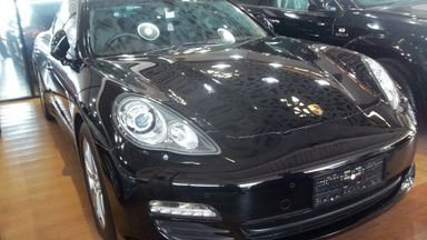 2012 Porsche Panamera AT - Km Rendah