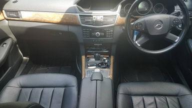 2011 Mercedes Benz E-Class E300 Elegance - Kondisi Istimewa (s-8)