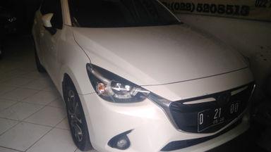 2015 Mazda 2 R AT - Kondisi Istimewa Siap Pakai